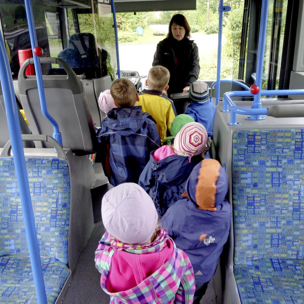 BusBegleiterausbildung am BZ Bodnegg sowie Sicherheitstraining am Bildungszentrum und am St. Martinus Kindergarten